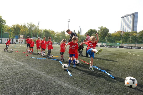 akademia-amp-futbol-varsovia-6